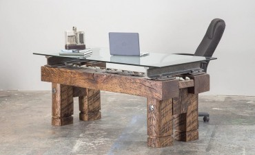 Why reclaimed wood furniture is expensive?