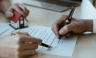 Title insurance- Helps lenders to file past claiming of property! How? Check it out