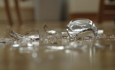 How To Safely Clean Up Broken Glass