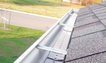 7 Signs You Need Your Gutters Cleaned By The Pros